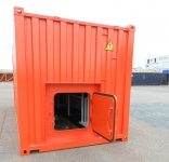 Container escape hatch with clips