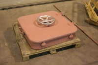 Steel watertight coaming hatch with handwheels - closed